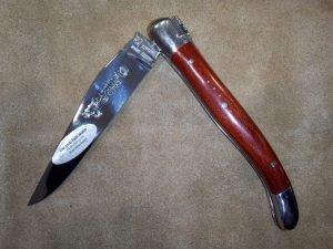 Navaja Laguiole en Aubrac 10,5 cm Madera Red Heart